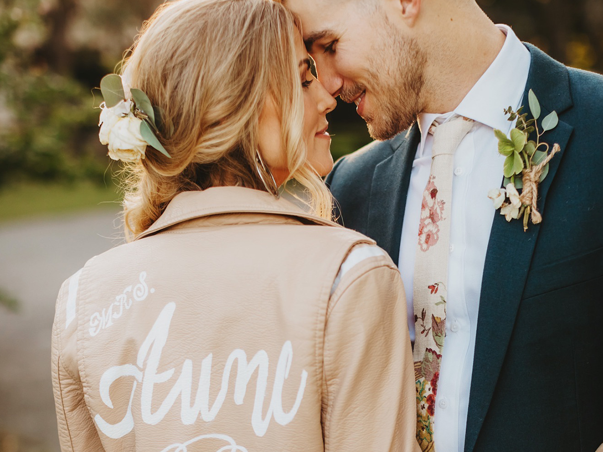 Fall Wedding Accessories for Brides and Grooms.