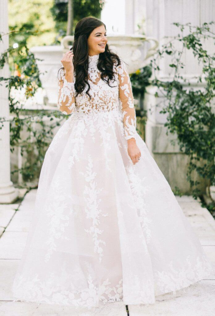 Anomalie specialized in making online wedding dresses for petite brides, including dresses with long sleeves and high neckline, tulle and lace.