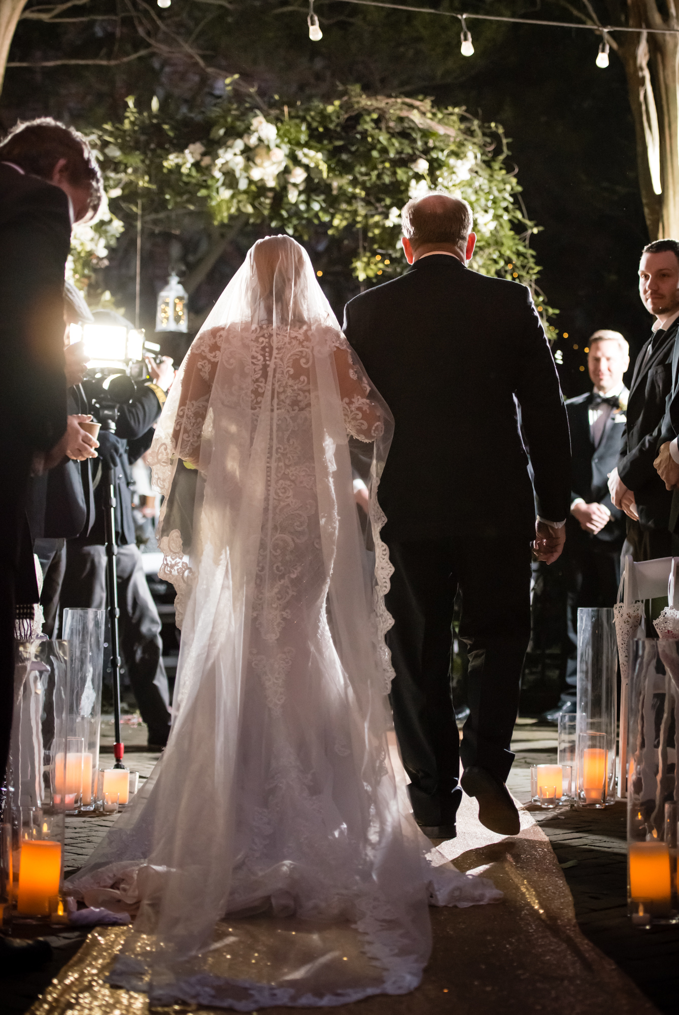 New Orleans wedding bride with long veil