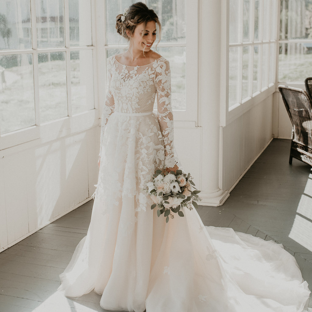 Reny's gown in Vintage Rose has become a viral hit on Pinterest.